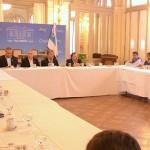 Reunión entre gobierno y gremios