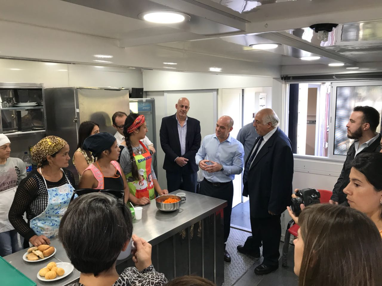 Educación y Empleo visitaron a la comunidad educativa de San Javier