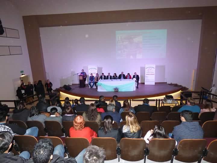 Entrega de certificados en la ciudad de Juan Bautista Alberdi