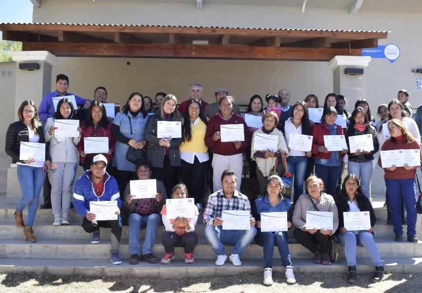Entrega de Certificados en Tafí del Valle – Tucumán Capacita