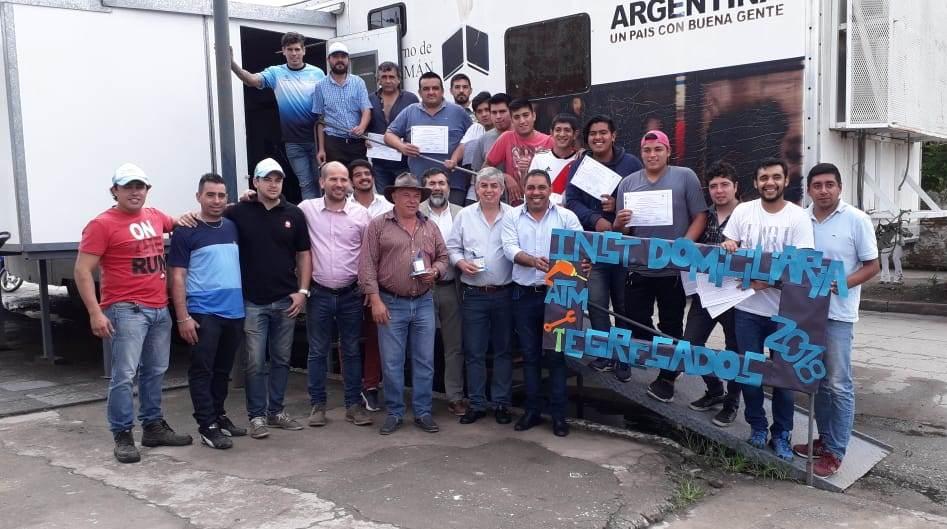 Más de 60 Jóvenes de Acheral recibieron Formación Profesional
