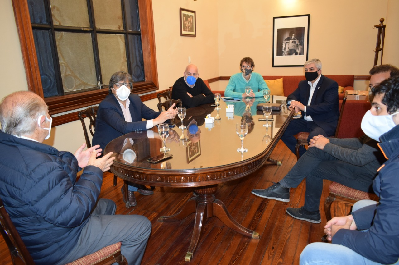 El Ministro Fernández recibió a las autoridades del Ministerio de Trabajo