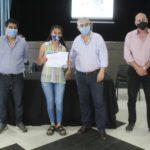 Entrega de certificados en La Cocha